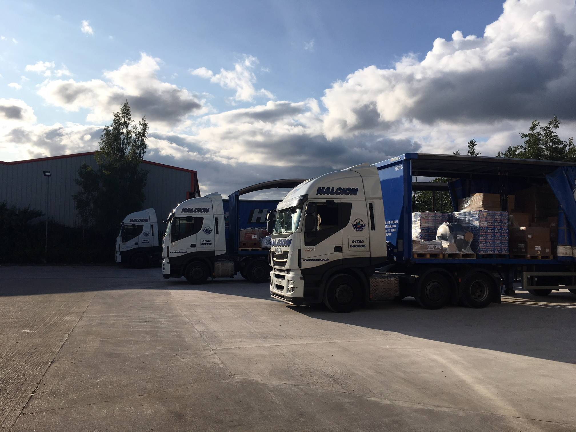 Pallet delivery Newcastle-under-Lyme